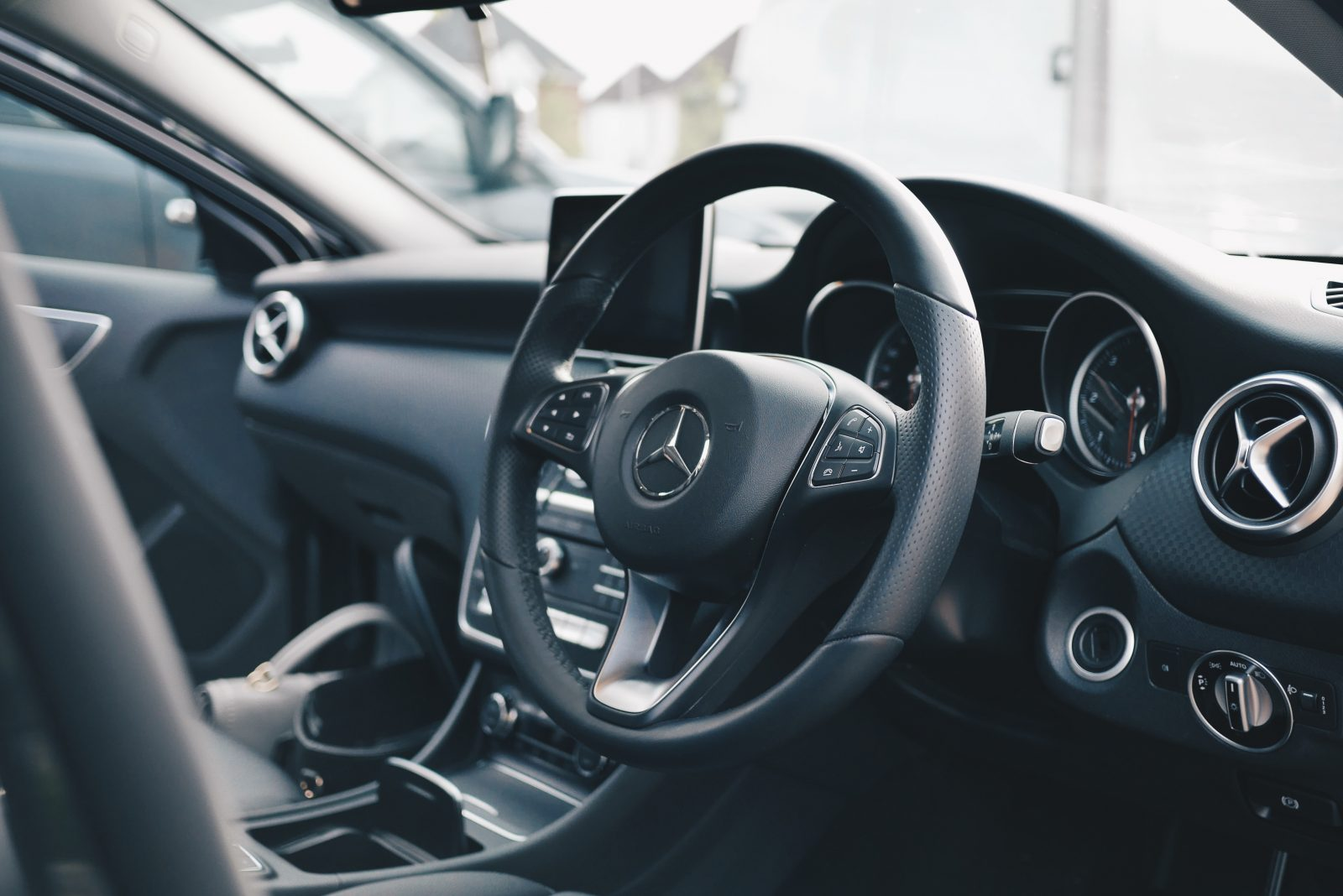Why Your Mercedes Requires an A/C Recharge